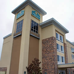 Laquintat Inn and Suites - Hattiesburg, MS